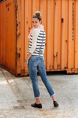 boyfriend jeans kombinieren so geht s ottoinsite. Black Bedroom Furniture Sets. Home Design Ideas