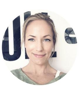 Julia - Personal Trainerin und Fitness Bloggerin - Jumuuv