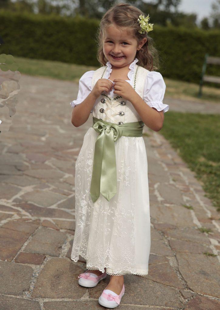 Blumenmadchen Kleid Madchenkleider Fur Die Hochzeit Ottoinsite