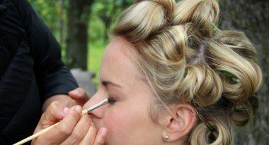 Dirndl-Make-Up_Beitragsbild