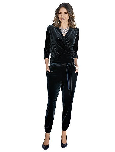 Glam Velvet: Schwarzer Samt-Jumpsuit