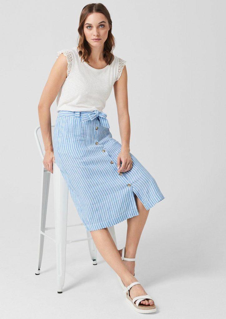 Farbtrend Weiß und Blau: langer Leinenrock